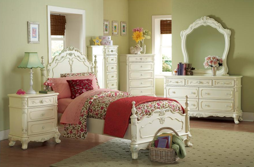 Full Bed + Dresser + Mirror + Night Stand